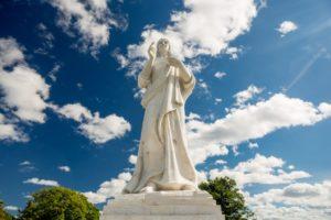 big statue of Jesus Christ